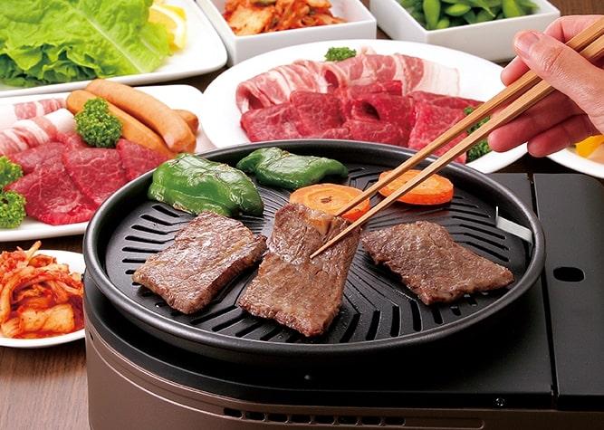 焼肉 ホットプレート まずい 無煙 匂い 卓上コンロ 温度 煙吸う やきまる イワタニ 油ハネ